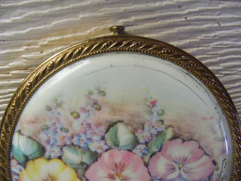 1940s Powder Compact REX FIFTH AVENUE Large Round Mirror Compact Pansies