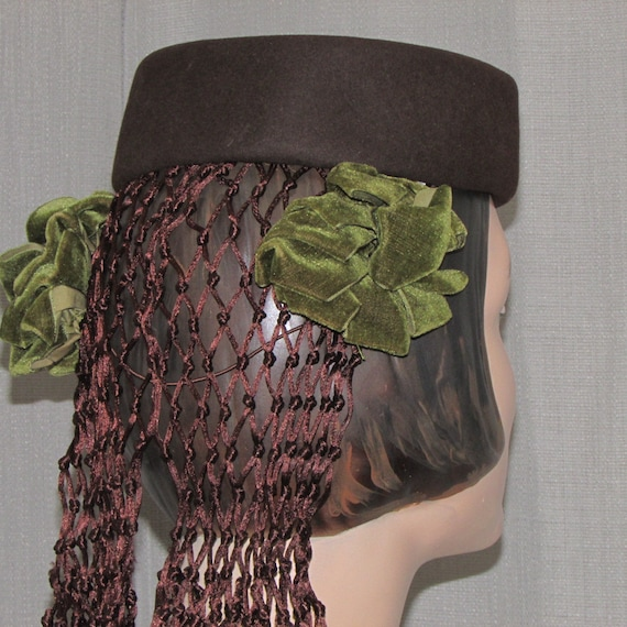 Vintage Early 1940s Hat/ Snood  The French Shop CT