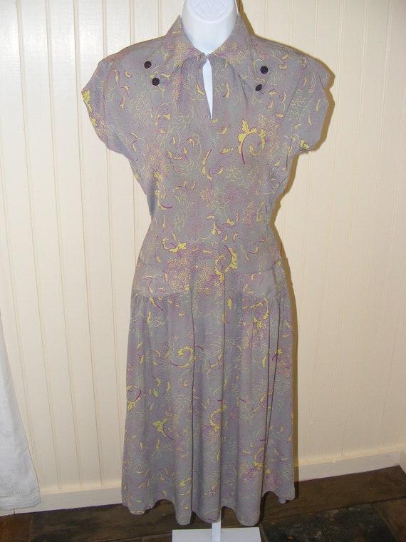 40s Rayon Dress Gray Chartreuse Magenta Vintage 19
