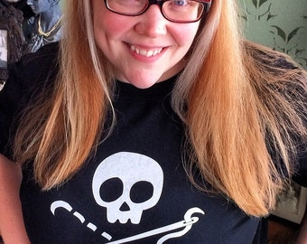 Sewing Skull T-Shirt - Size Extra Large