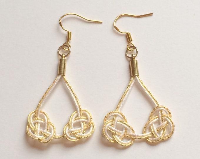 double awaji earrings < gold >