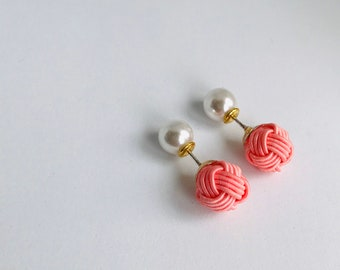 ball knot earrings < pink >
