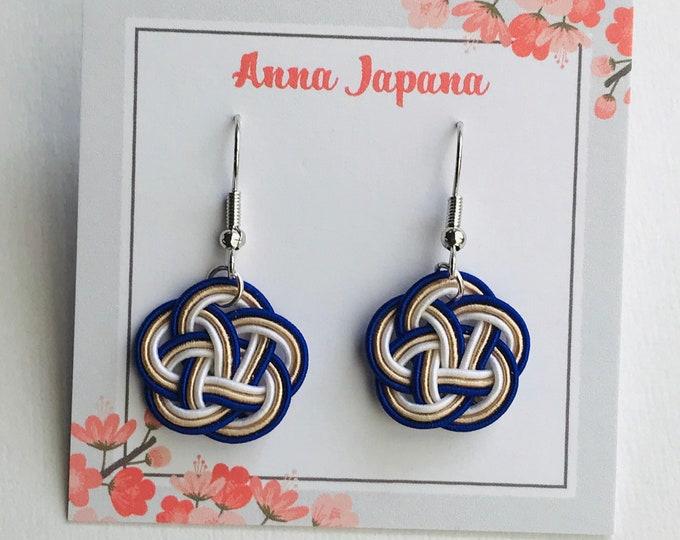 Mizuhiki paper cords / plum flower knots earring silver hook / ai x white