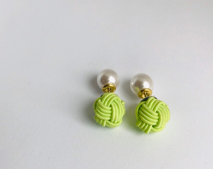 sterling silver earrings / Japanese traditional earrings  / knot earrings / paper cord earrings / mizuhiki/ green
