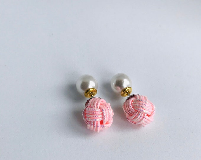 ball knot earrings  <shiny pink>
