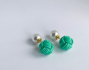 ball knot earrings < green >