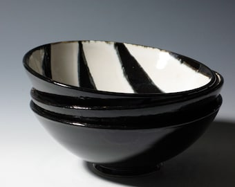 Bowl Home and Living Pottery Ceramic Black and White Zebra Stripe Cereal Breakfast Soup Salad Ice Cream Oatmeal Strawberries Everyday