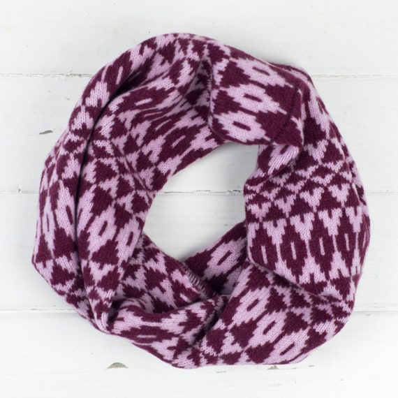 Mirror snood / cowl - bright berry pink