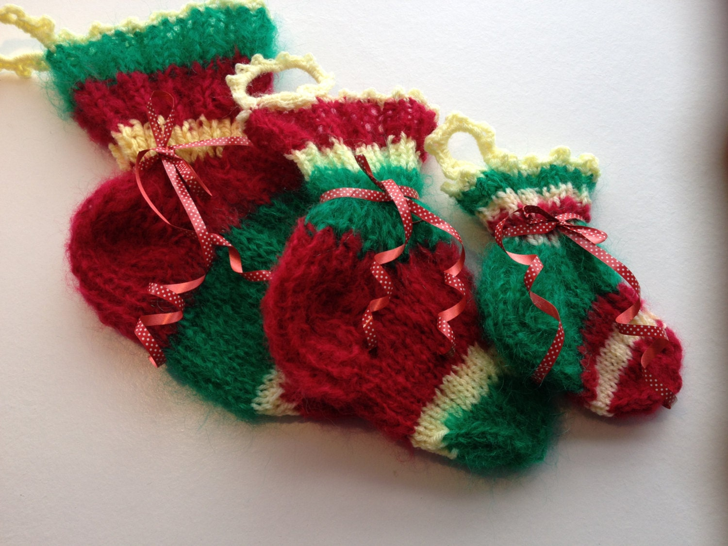 Gift bags Set of 3..Hand knitted gift bags.Christmas Gift Bags.