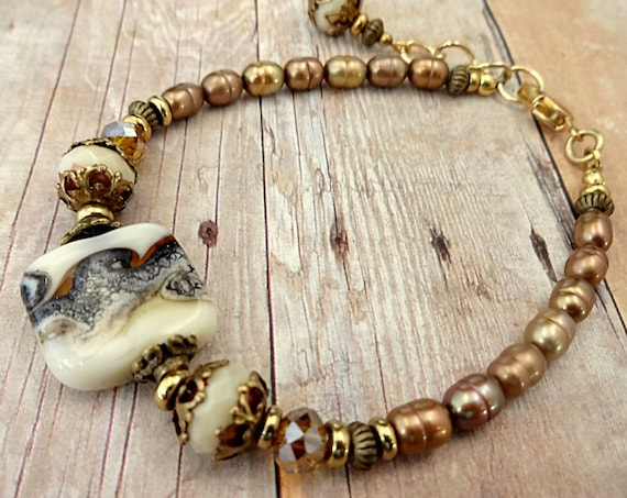 Lampwork Glass and Pearl Bracelet, Neutral Beige, Mom Gift, Gift for Women, Wife Gift, Elegant Jewelry, Boho Chic Jewelry