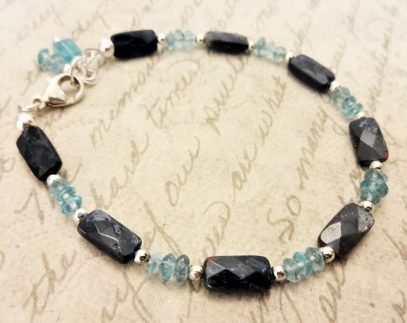 Apatite Gemstone Bracelet, Apatite and Sterling Silver Bracelet, Gift for Her, Gift for Mom, Blue Gemstone Jewelry