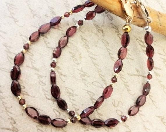 Garnet Gemstone Bracelet, January Birthstone, Sterling Silver or 14k Gold Fill Garnet Bracelet, Gift for Her, Gift for Mom,