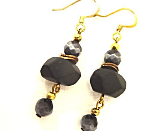 Black Onyx Earrings, Gemstone Nuggets, Black Onyx Nuggets, Black Earrings, Boho Gemstone Earrings, Gift for Mom, Eclectic Earrings, Stones