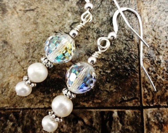 Pearl Earrings, Swarovski and Pearl, Bridal Jewelry, Bridal Earrings, Wedding Jewelry, Crystal and Pearl, White Pearl Earrings, Crystals