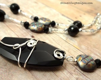 Elegant Black Onyx Necklace With Wire Wrapped Pendant