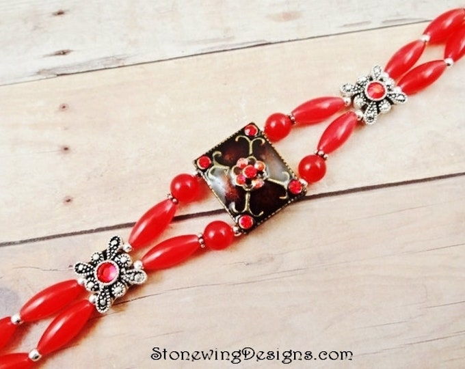 Red Jade and Crystal Bracelet, Boho Style Jewelry, Unique Stone Jewelry, Red Stone Bracelet, Gift for Her, Gift for Mom