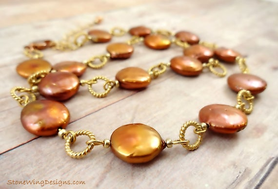Pearl Necklace in Coppery Brown