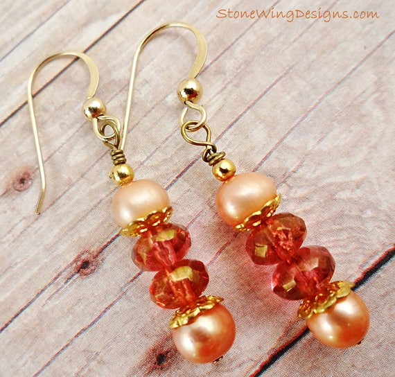 Peach Pearl Earrings, Czech Glass Earrings, Peach Earrings, Pearl Earrings, Classic jewelry, Gifts for her, Feminine Earrings, dangle
