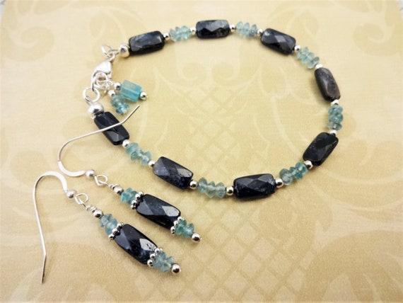 Apatite Gemstone Bracelet and Earrings, Apatite Earrings and Bracelet, Gift for Her, Gift for Mom, Blue Gemstone Jewelry