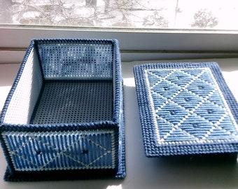 Elegant Jewelry Box in Blue