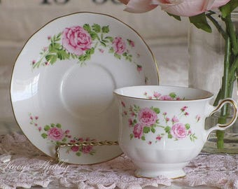 Beautiful English PINK Roses TEACUP and SAUCER, Bone China, England, Tea Time, Teacup Set, Shabby Chic, Cottage, Tea, Cup, Avon