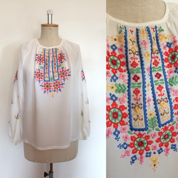 Vintage 1950s Hungarian Peasant Blouse Embroidered