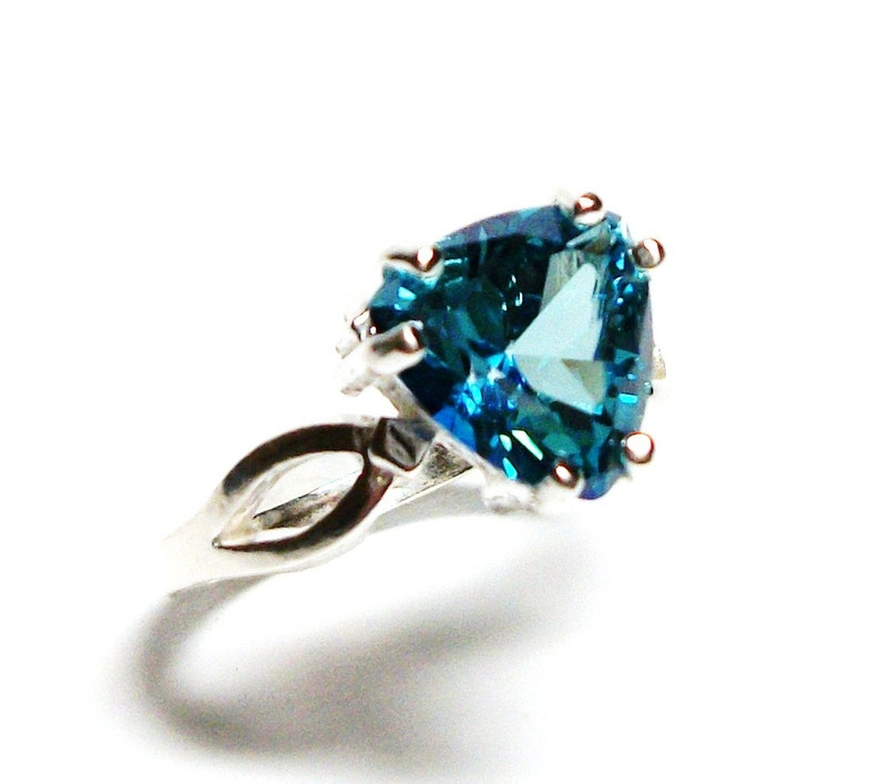 turquoise blue topaz turquoise topaz ring s 6 12    Twinkle Toes blue trillion ring blue solitaire ring birthstone ring Topaz