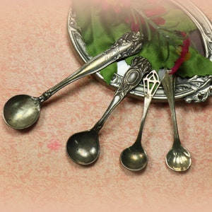 Sul Victorian Germany ALBO Sterling Salt Spoon with Rose Design