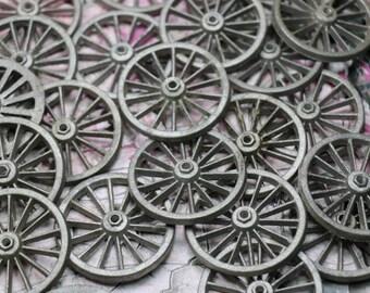 1 Vintage Metal Spoke Wagon Wheel