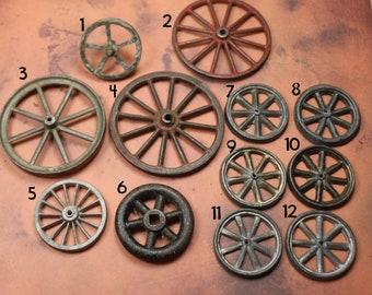1 Vintage Metal Spoke Wheel
