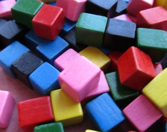 10 Vintage Tiny Colored Wooden Blocks