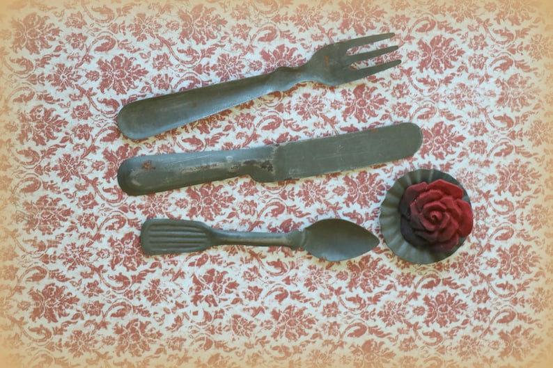 Vintage Set of Tin Toy Utensils plus Fluted Plate