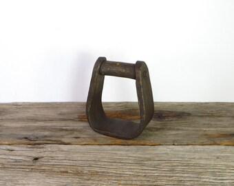 Horse Stirrup G42-181 Vntage Horse Stirrup Old Brass Horse Stirrup Unique Horse Stirrup Brass Vintage Collective Garden Outdoor Decor