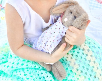 Vintage Darcy Rabbit J.B. Bean Boyds Collection Tags 1994 Collectible Stuffed Animal Gift Easter Bunny Pink Rose Overalls March Hare Plushie