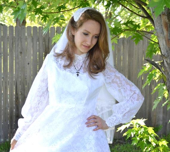 Floral White Wedding Dress 1960s Empire Waist Brid