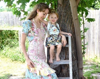 Country Cottage Rose Apron Handmade Shabby Chic Floral Pastel Pink, Yellow, & Sage Tea Frock Ruffle Trim Teapot Garden Pocket Panel Pinafore