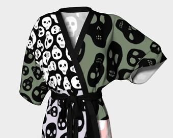 91cf04255 Skull pattern kimono robe - Scarf pattern inspired skulls black and white  color block robe - Skull pattern squares kimono origami robe