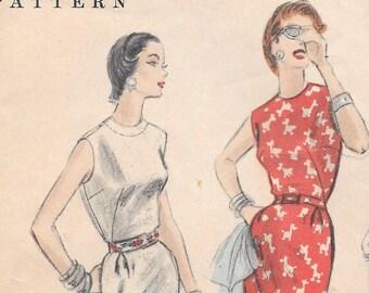 Bust 34-1954 Misses' Dress Vogue 8331 Size 16