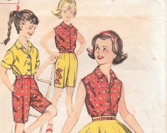 "Sz 7-Blouse, Skirt and Bermuda Shorts 1962 Simplicity 3456 Breast 25"""