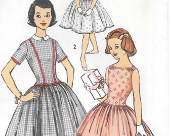 Sz 10-FACTORY FOLDED 1957 Girls' Dress Simplicity 2480 Breast 28