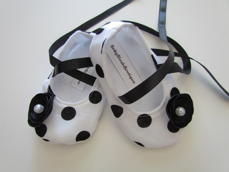 179bfb2b103 Black   White Polka Dot Baby Shoes Soft Ballerina Slippers