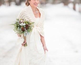 Wedding Shawl/Bridal Cape/Winter Wedding/Bridal Shawl/Wedding Shrug/Ivory Shawl/Rustic Wedding/Ivory Wrap/Bridal Cover Up/Ivory Wrap/Shrug