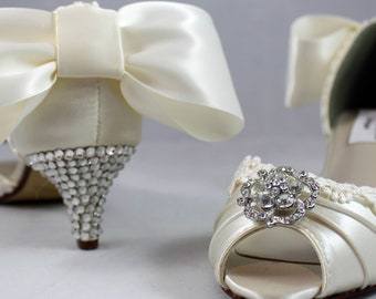 """Ivory lace crystal bow heels 1.75""""- low heel SALE Ready to ship Size 7.5"""
