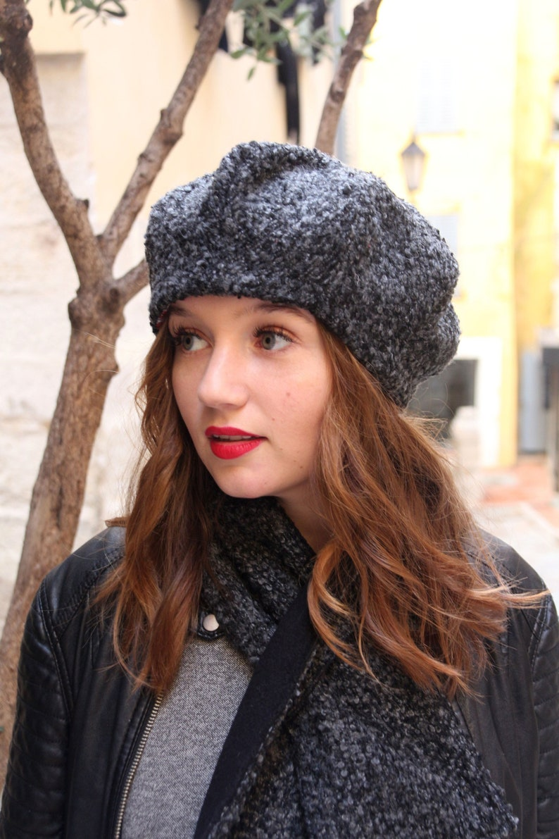 fb433fef95d11 Wool fabric beret hat. Charcoal gray textured fabric hat.