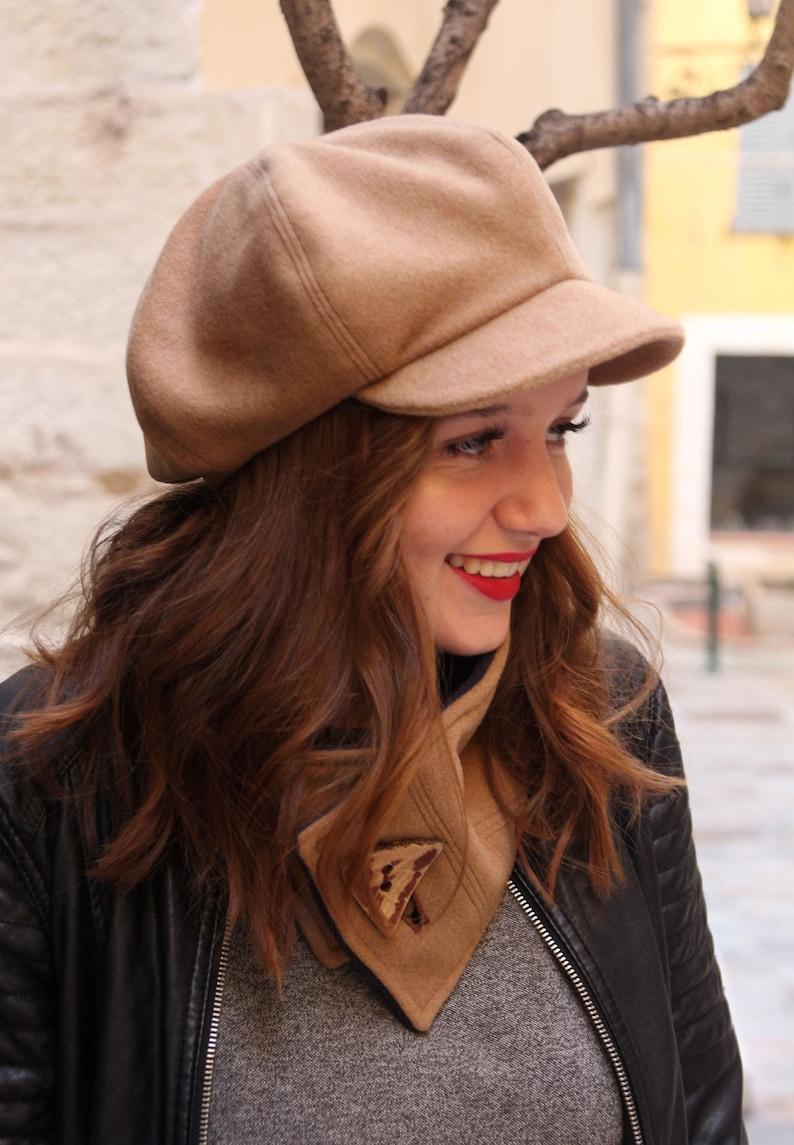 Beige newsboy hat Womens winter hat Beret with visor Peak hat Newsberet Slouchy hat Trendy hat Womens hat with visor Womens flat cap