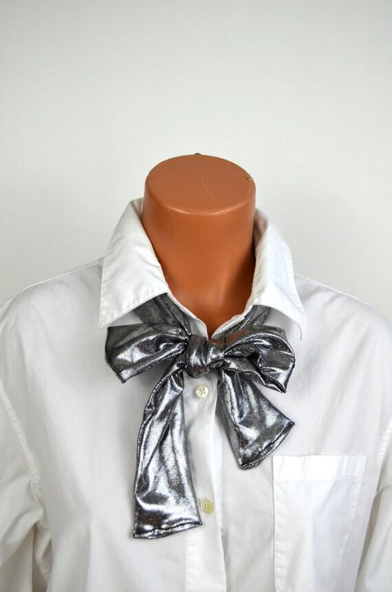 Métallisé argent écharpe Womens cou cravate léger foulard   Etsy e57affdf080