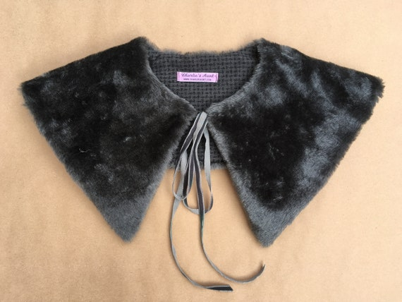 Sewing kit to make the Harbord 'Puritan' style collar in grey vintage faux fur/wool with pattern and instructions