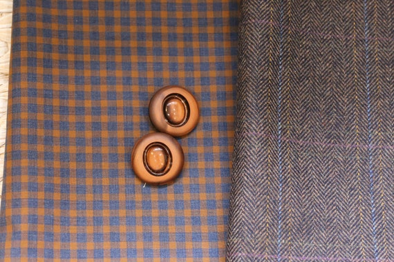 TWO pieces of toning fabric in shades of chocolate, tan and navy blue, one wool tweed, one polycotton gingham plus two vintage buttons