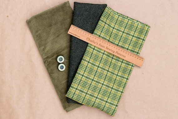 One-off pack with lightweight wool tweed plaid, English corduroy and vintage tweed, plus two extremely rare vintage Bakelite buttons