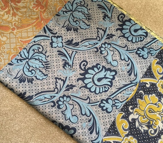 """A one-off stunning English woven silk fabric sample length in a mix of colours, measuring 27"""" x 52"""" in a medium weight"""